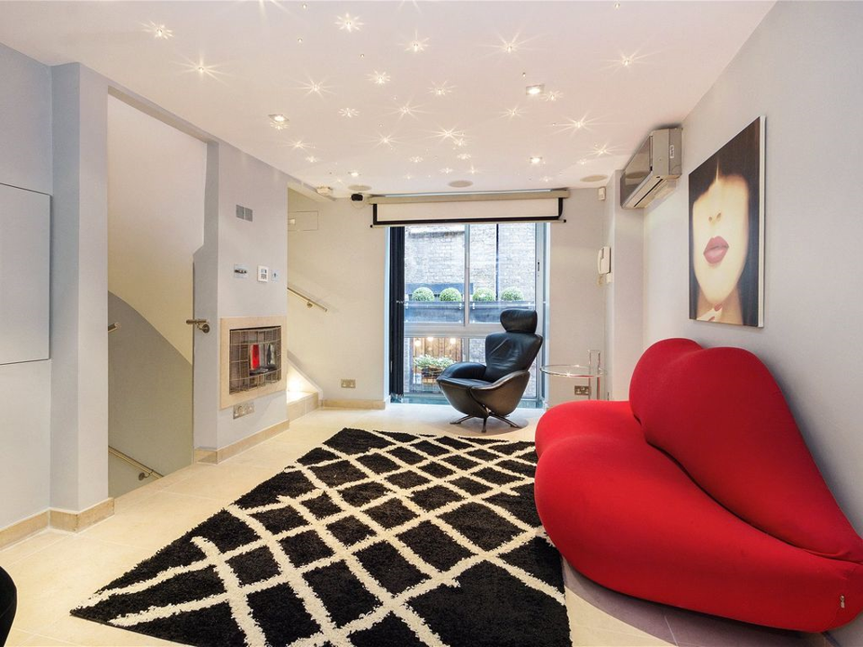 Lounge2 View2